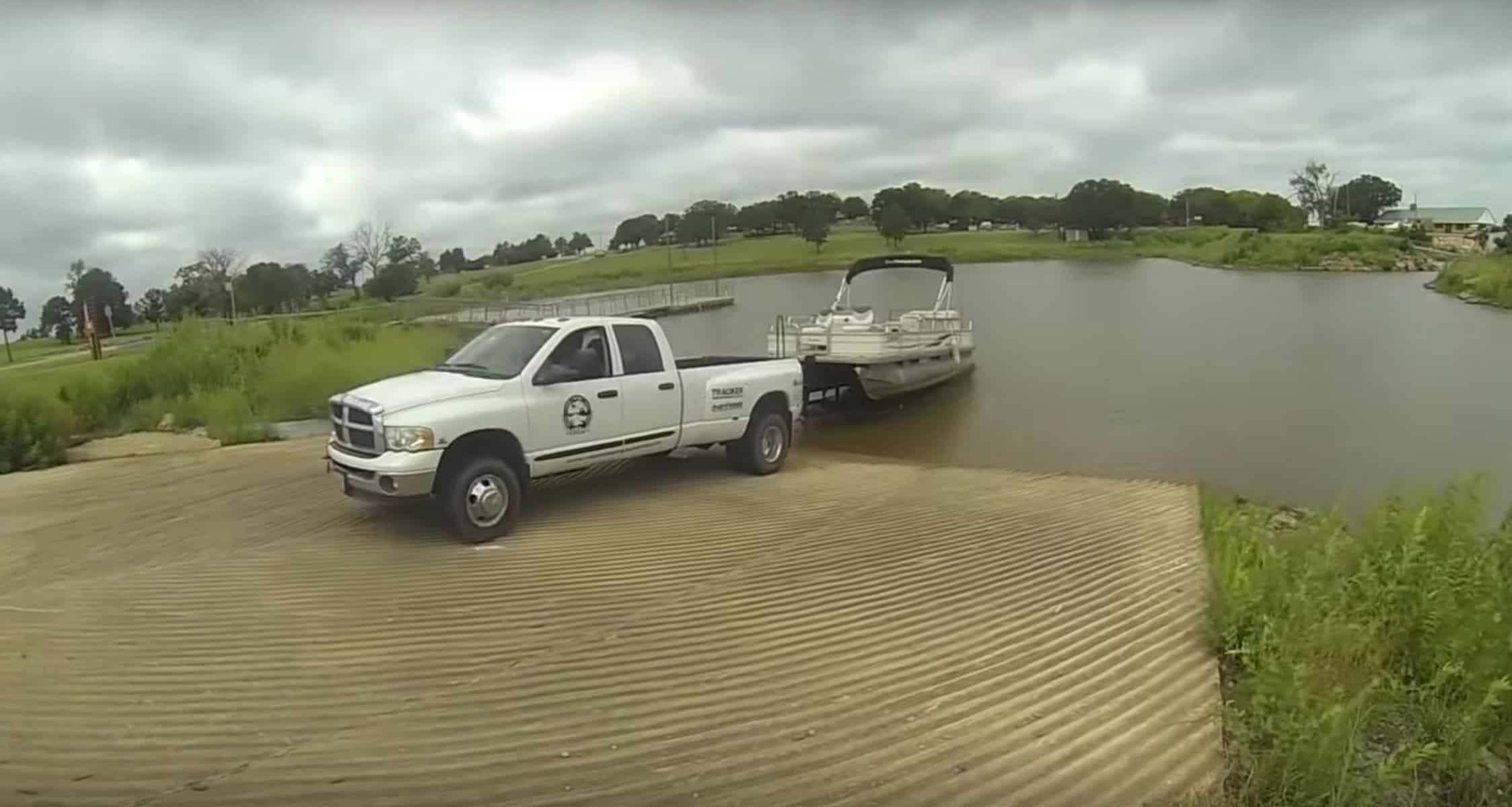 trailering a pontoon