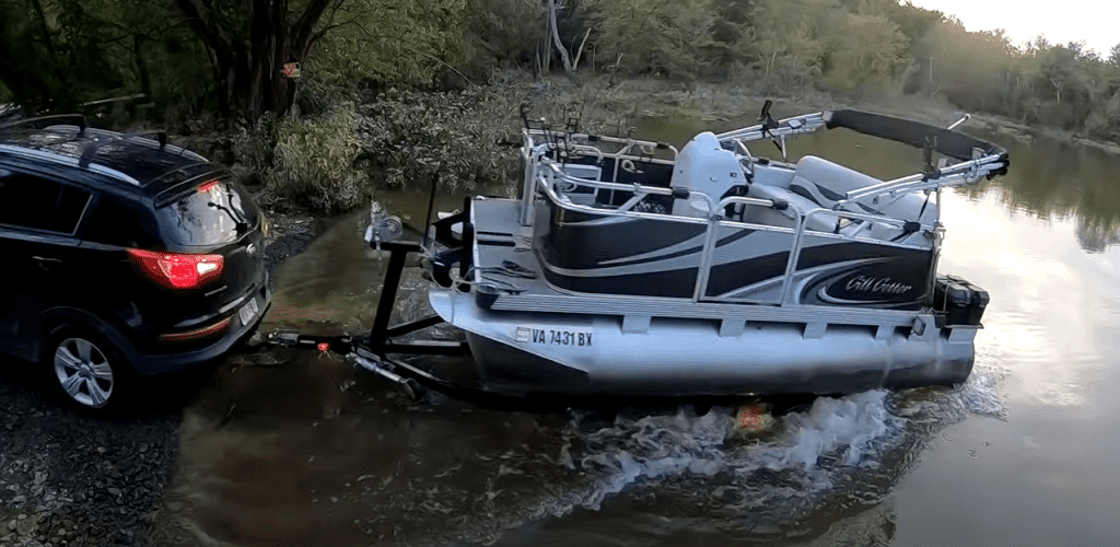 how to launch a pontoon boat yourself