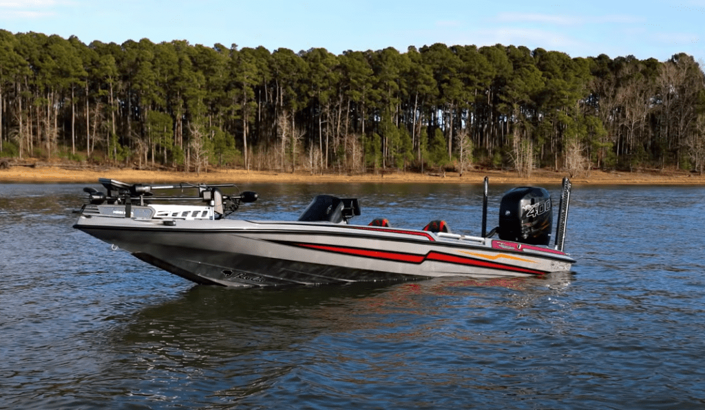 how wide is a bass boat